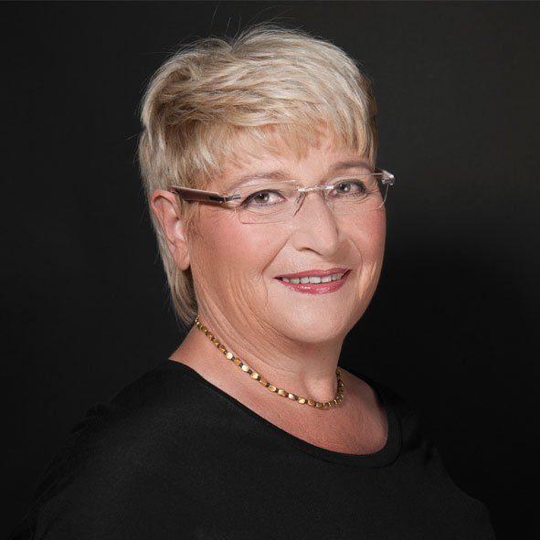 Ursula Faber